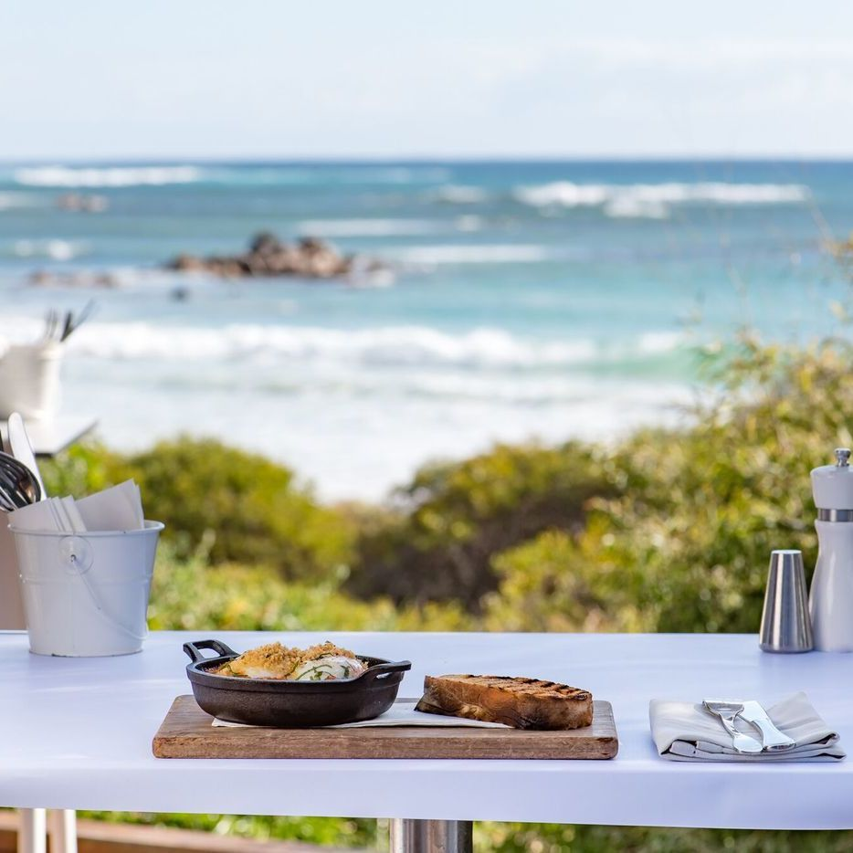 Bunkers Beach Cafe Margaret River dining
